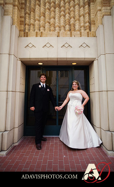 AshleyTarik Bass Hall Wedding Fort Worth ByAllisonDavisPhotography 043 Ashley + Tarik: Fort Worth Wedding at Bass Hall