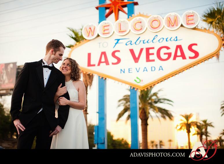 SarahBethChris LasVegas Wedding Portraits Dallas Wedding Photographer Allison Davis Photography 201 Sarah Beth + Chris: Bride & Groom Portraits in Las Vegas