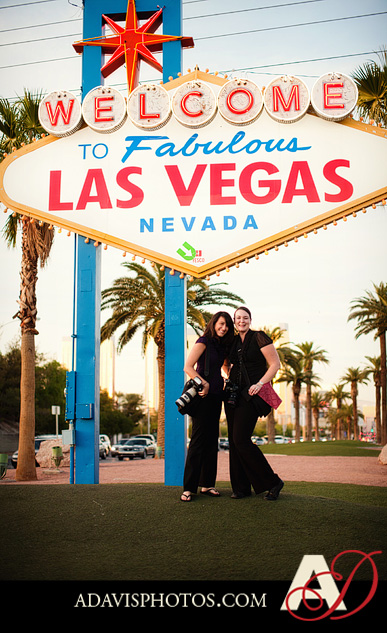 SarahBethChris LasVegas Wedding Portraits Dallas Wedding Photographer Allison Davis Photography 25 Sarah Beth + Chris: Bride & Groom Portraits in Las Vegas