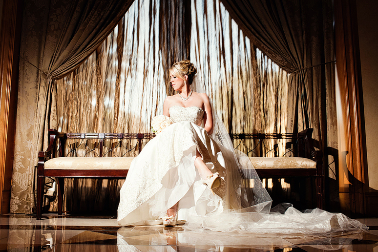 bridals at the Four Seasons Resort and Hotel by Dallas wedding photographer Allison Davis Photography