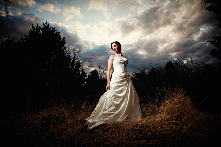 Allison Davis Photography bridal portraits a white rock lake with off camera lighting atop a hill