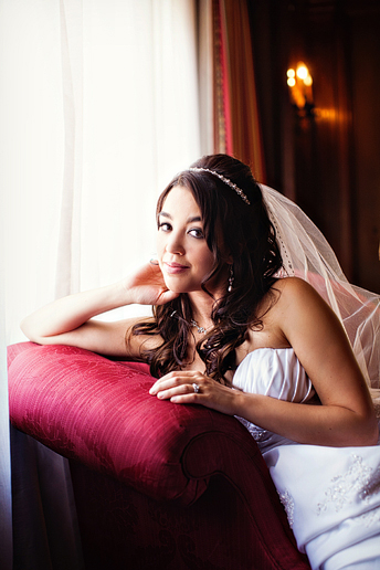 timeless bridal portraits at the Aldredge House by Allison Davis Photography