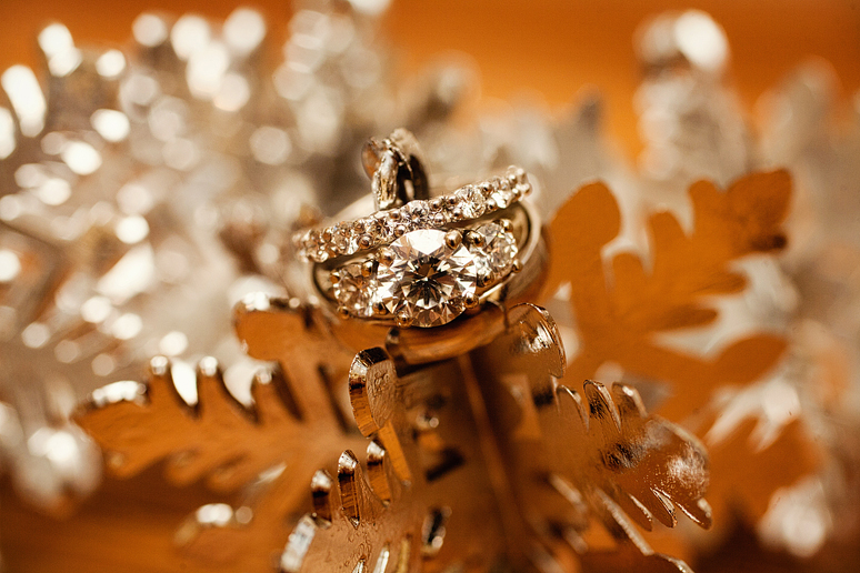 wedding rings and snowflakes