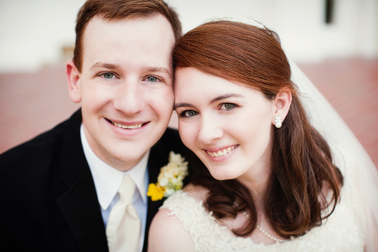 natural and sweet portraits of a bride and groom at Royal Lane Baptist Church by Allison Davis Photography