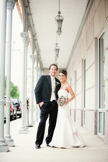 romantic and beautiful bride and groom portraits by Allison Davis Photography at The Crescent hotel in downtown Dallas