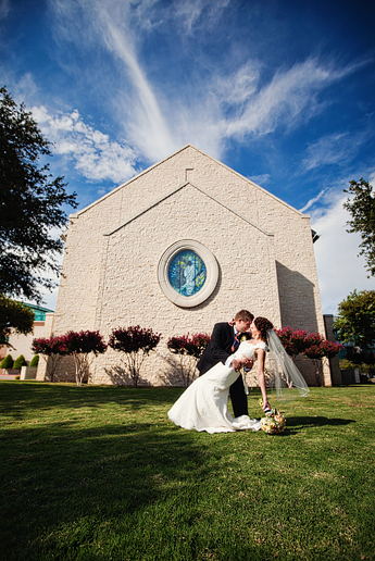 wedding photographs at Prestonwood baptist Church by Dallas wedding photography Allison Davis Photography