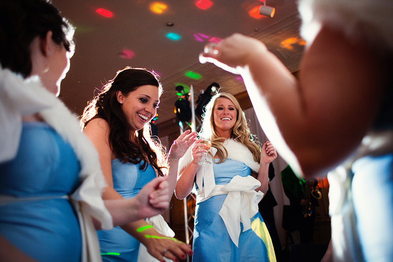 bridesmaids dancing at the fort worth club