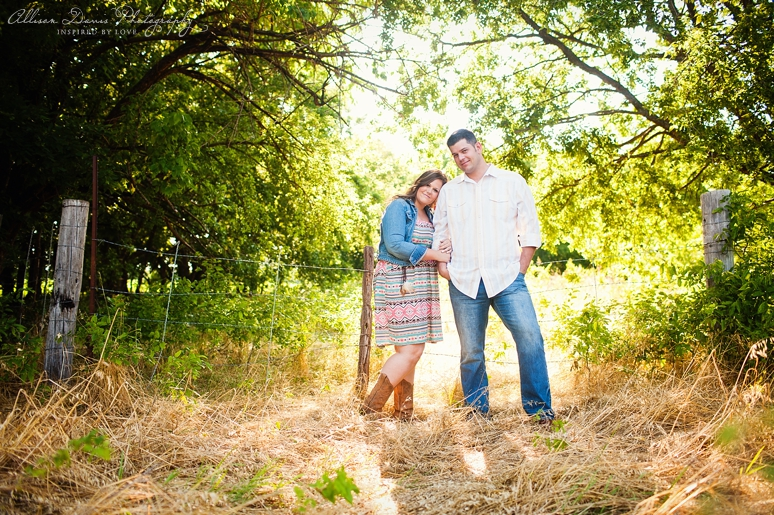 Kendall Mike Country Engagement Portraits byAllisonDavisPhotography  004 <span>Kendall & Mike:</span><br/>Country Rustic Engagement Portraits in Prosper<br/>{Dallas Wedding Photographer}