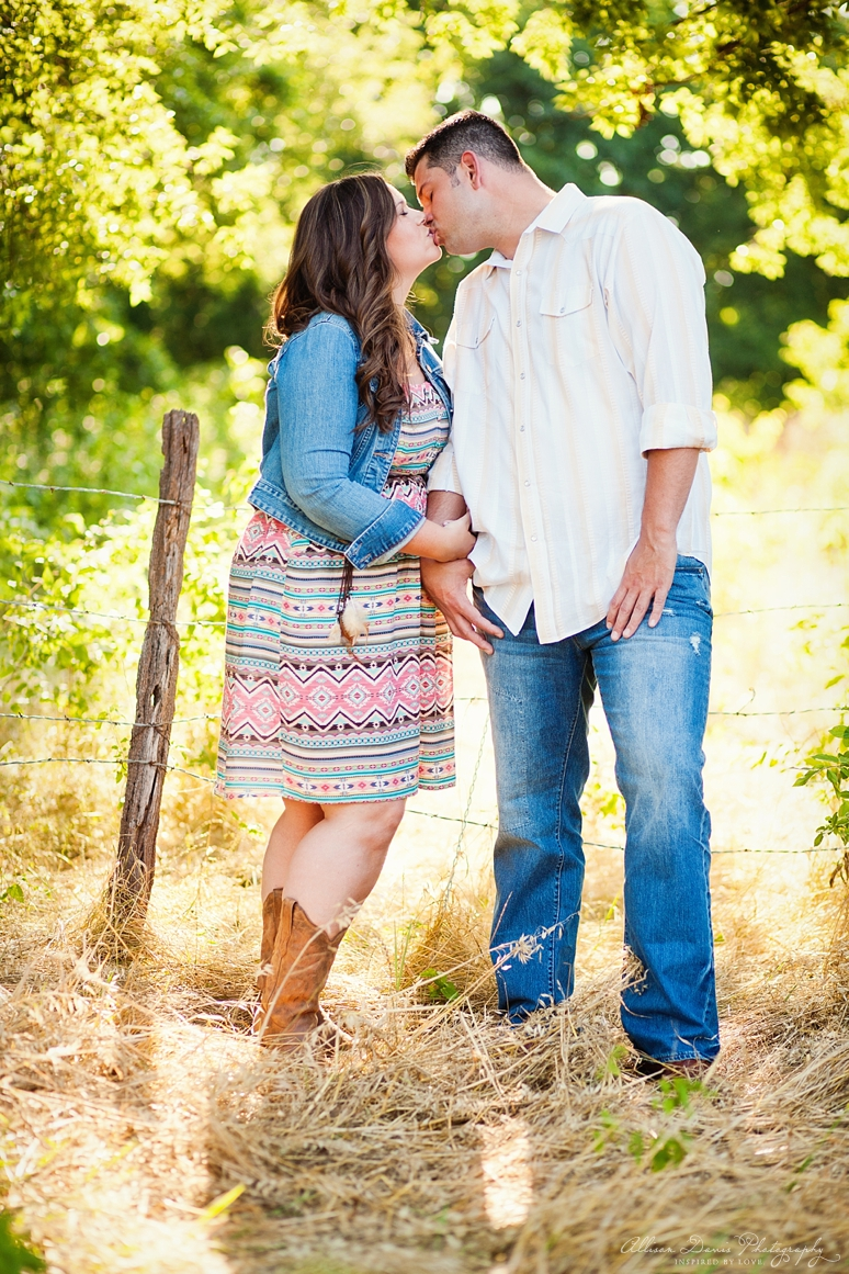 Kendall Mike Country Engagement Portraits byAllisonDavisPhotography  005 <span>Kendall & Mike:</span><br/>Country Rustic Engagement Portraits in Prosper<br/>{Dallas Wedding Photographer}