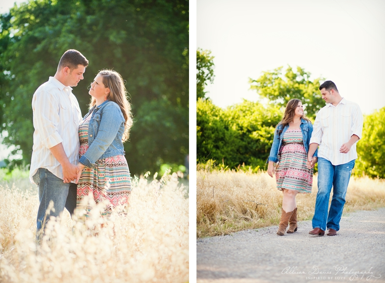 Kendall Mike Country Engagement Portraits byAllisonDavisPhotography  014 <span>Kendall & Mike:</span><br/>Country Rustic Engagement Portraits in Prosper<br/>{Dallas Wedding Photographer}