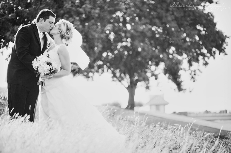 Mandy Daniel Wedding at Hackberry Country Club byAllisonDavisPhotography 0001 <span>Mandy & Daniel:</span><br/>Wedding at the Hackberry Country Club<br/>{Dallas Wedding Photographer}