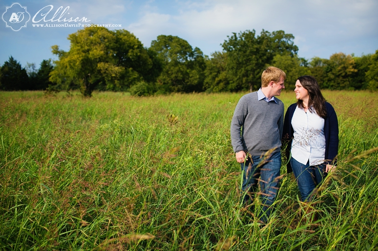 Chelsea David SMU White Rock Lake Engagement Portraits byAllisonDavisPhotography 011 <span>Chelsea & David:</span><br/>Engagement Portraits at White Rock Lake & SMU<br/>{Dallas Engagement Portrait Photographer}