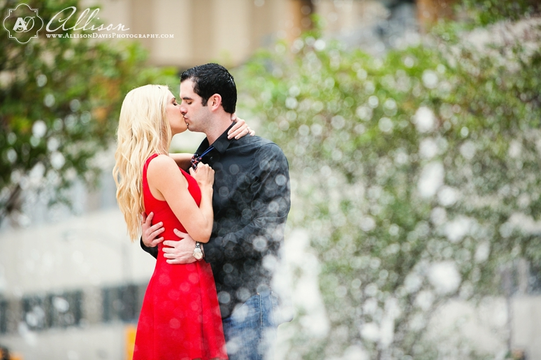 Loren Matt Dallas Engagement Portraits State Fair of texas byAllisonDavisPhotography 010 <span>Loren & Matt:</span><br/>Engagement Portraits in Downtown Dallas & at the State Fair of Texas<br/>{Dallas Engagement Portrait Photographer}
