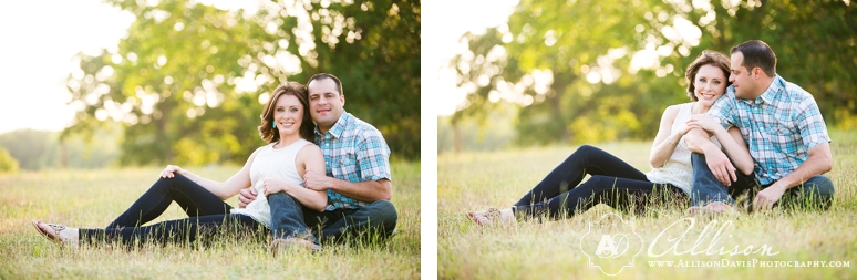 Lindsay Jeremy Engagement Portraits in Denton Texas by Allison Davis Photography 011 <span>Lindsay & Jeremy:</span><br/>Engagement Portraits in Denton, Texas