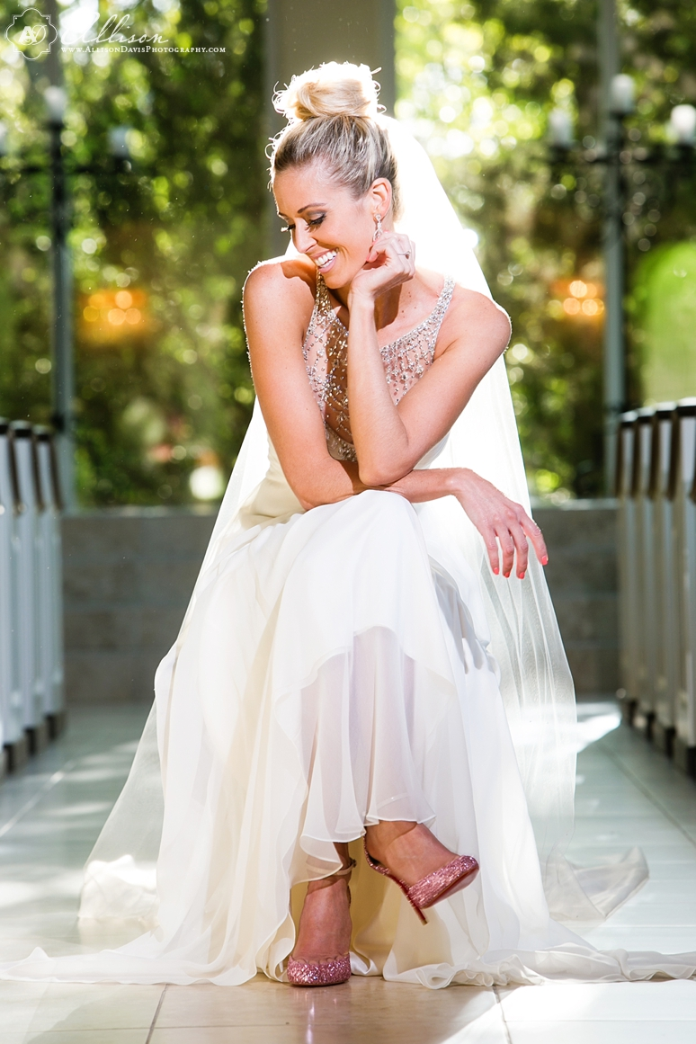 Loren Bridal Portraits at Ashton Gardens AllisonDavisPhotography 011 <span>Loren:</span><br/>Bridal Portraits at Ashton Gardens