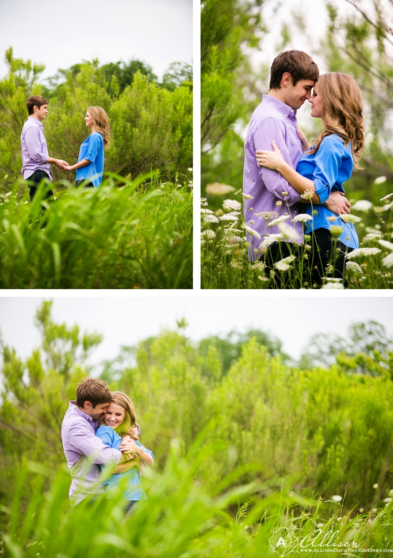 Taylor Tyler Engagement Portraits at White Rock Lake Dallas Allison Davis Photography 002 <span>Taylor & Tyler:</span><br/>Dallas Engagement Portraits at White Rock Lake