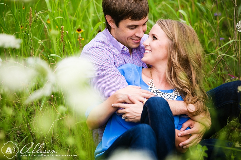 Taylor Tyler Engagement Portraits at White Rock Lake Dallas Allison Davis Photography 008 <span>Taylor & Tyler:</span><br/>Dallas Engagement Portraits at White Rock Lake
