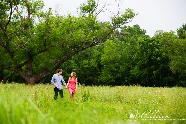 Taylor Tyler Engagement Portraits at White Rock Lake Dallas Allison Davis Photography 021 <span>Taylor & Tyler:</span><br/>Dallas Engagement Portraits at White Rock Lake