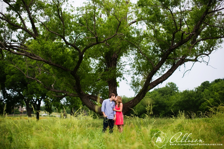 Taylor Tyler Engagement Portraits at White Rock Lake Dallas Allison Davis Photography 026 <span>Taylor & Tyler:</span><br/>Dallas Engagement Portraits at White Rock Lake
