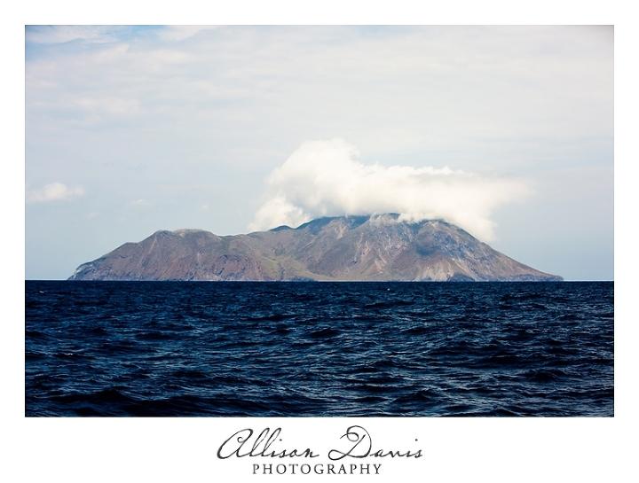 Landscape_Travel_Photography_Milos_Greek_Islands_Allison_Davis_Photography_03